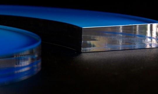 Řezání plastů a plexiskla laserem